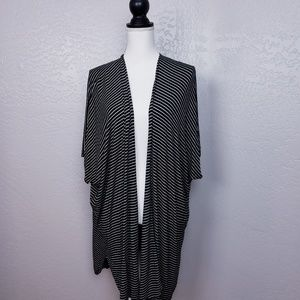 ⭐Chris & Carol Short Sleeve Open Front Cardigan